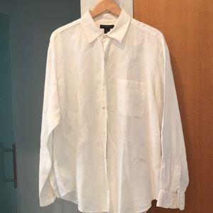 Banana Republic white linen button down shirt.